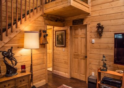 cabin-remodel-stairway-hall-florissant-co